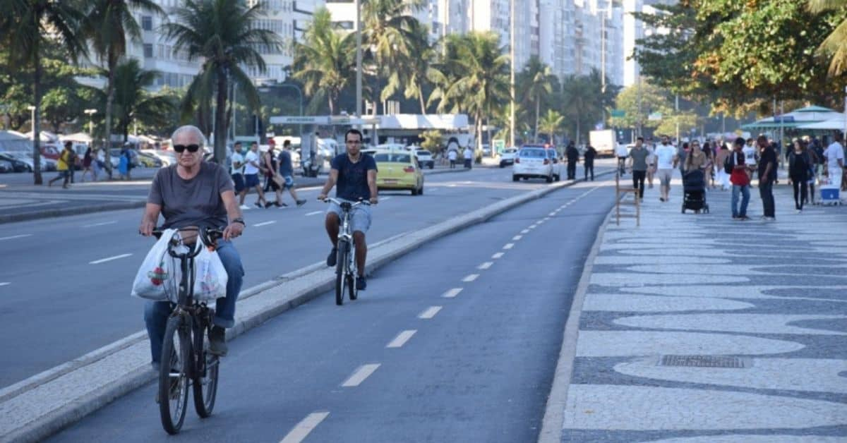 Bike riders in Rio is Eco friendly travel