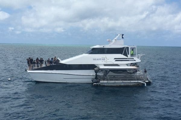 Boating excursions-know to create travel budget
