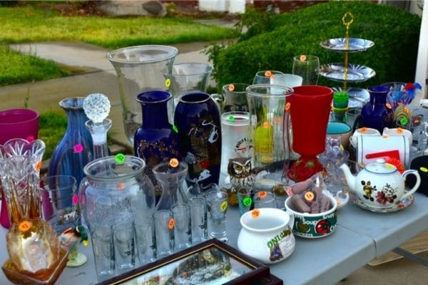 Sell home items in yard sale to save money