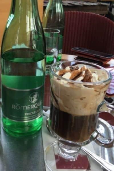 Viennese coffee at Café Gloriette