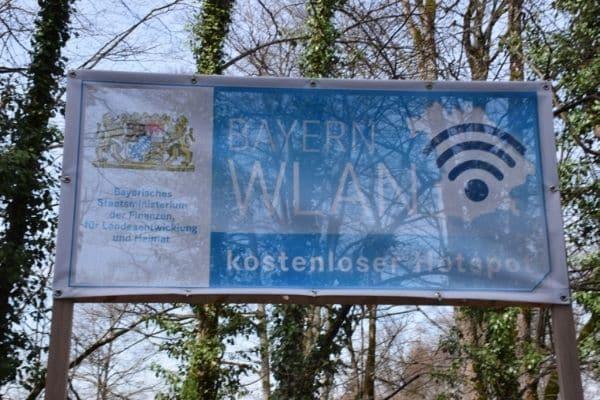 WiFi sign at Neuschwanstien Castle Germany