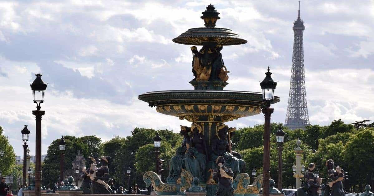 4 Days in Paris - Paris Place de la Concorde fountain and Eiffel Tower
